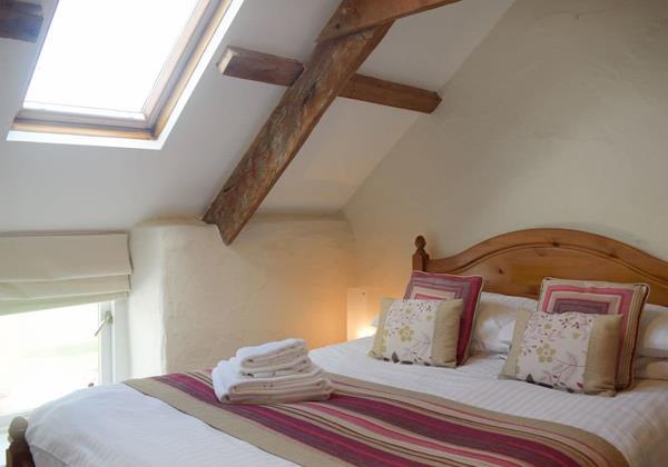Atratos Double Bedroom